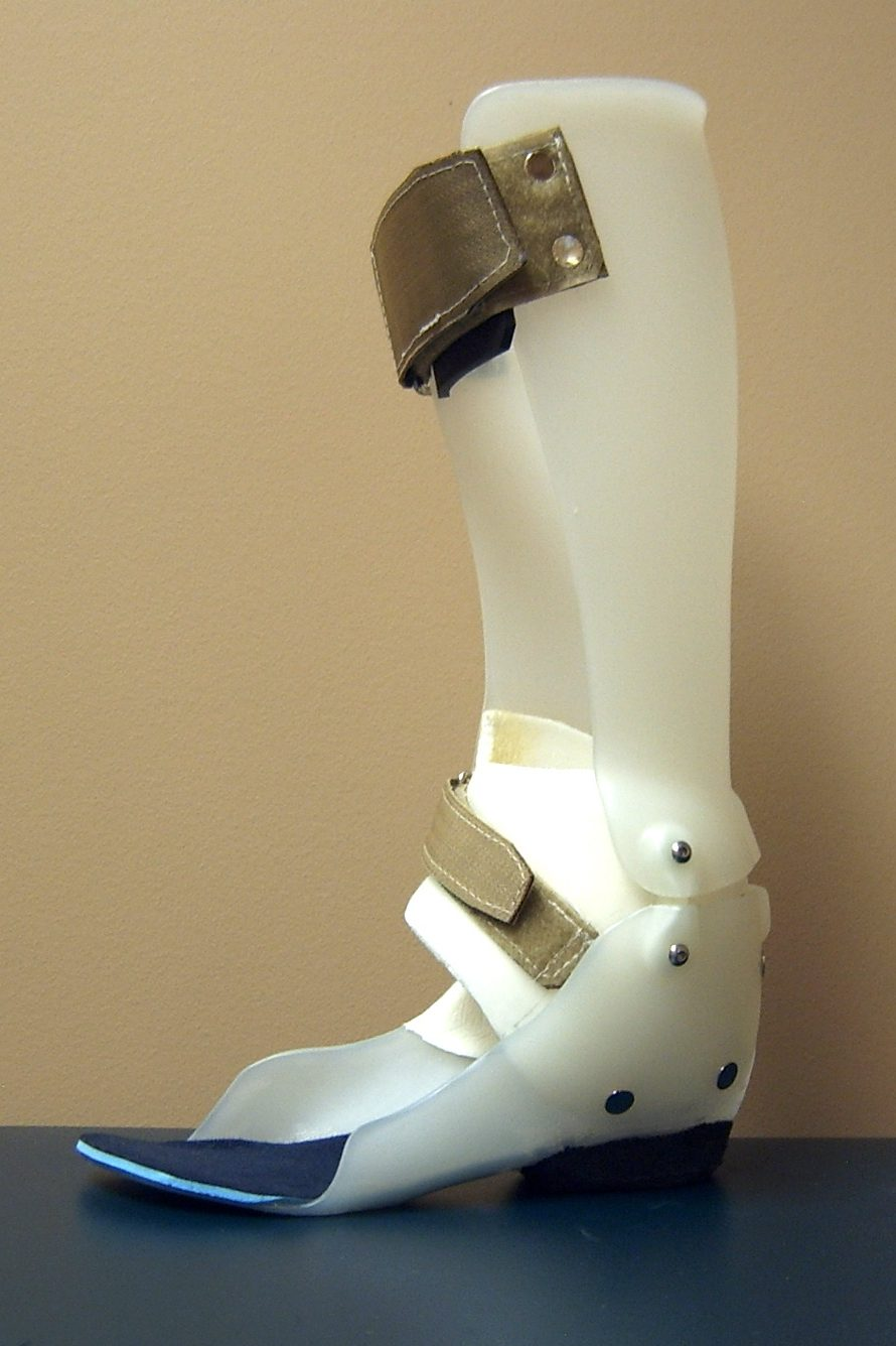 Hinged AFO with T-Strap